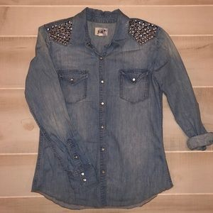 Jolt Jean Chambray Studded Button Down